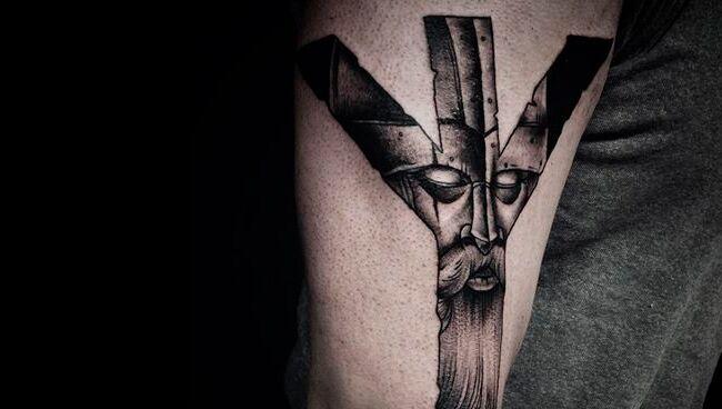 Можно ли сделать татуировку с руной Альгиз?