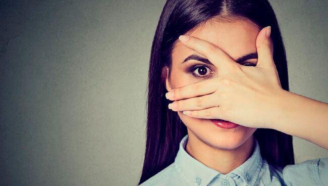 примета «чешется глаз»