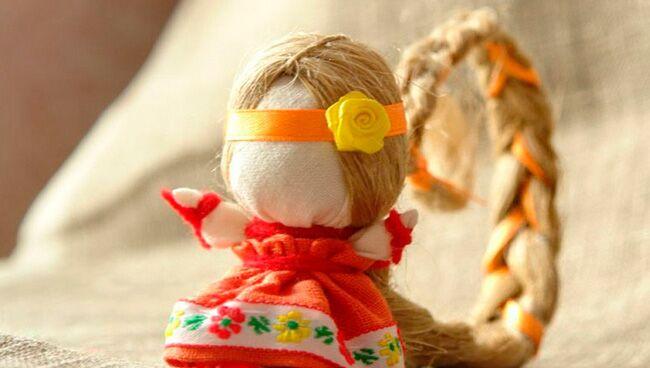 кукла-оберег с длинной косой