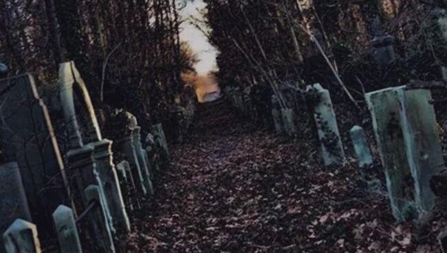 Что означает видеть во сне кладбище