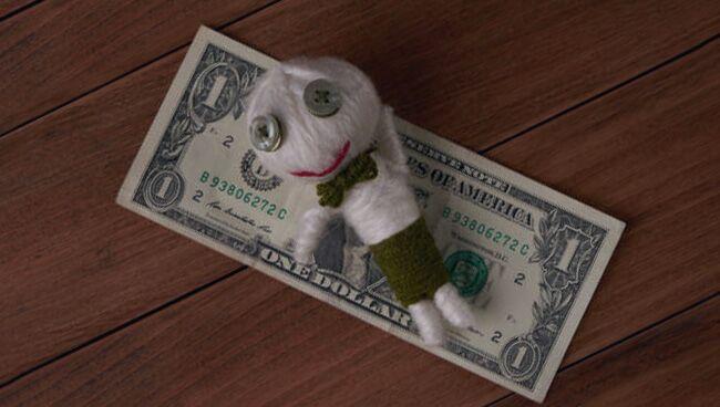 Порча на деньги: как снять проклятие бедности