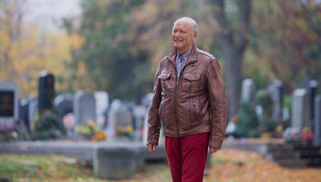Можно ли ходить на кладбище каждый день