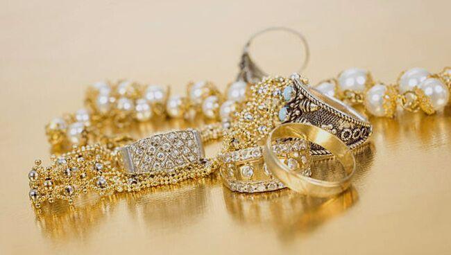 Видеть во сне золотые украшения